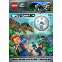 LEGO JURASSIC WORLD - DÍNÓVADÁSZOK - AJÁNDÉK JÁRŐR MINIFIGURA!